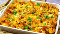 This family friendly Syn Free Chicken Bacon Pasta Bake is a healthy, simple and delicious Slimming World pasta recipe that everyone can enjoy. Chicken And Bacon Pasta Bake, Tomato Pasta Bake, Broccoli Pasta Bake, Baked Pasta Recipes, Chicken Recipes, Broccoli Rice, Zucchini Pasta, Chicken Broccoli, Creamy Chicken
