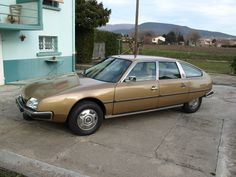 Divers CX 2400 pallas 1976... 42000kms origine! Cars And Motorcycles, Automobile, Classic, Autos, Childhood, Cars, Motor Car, Classical Music, Car