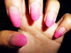 Nails - pink ombre glitter <3