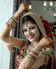 dress collect, bride red, bangl color, beauti lehenga, bridal dresses, pakistani bride, brides, indian bride, beauti indian