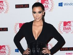 From her continuing divorce court battle to her high-profile romance with Kanye West, E! reality star Kim Kardashian reigned as the most-searched person in 2012 on Yahoo!.