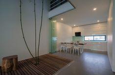 Galería de Una Casa en los Árboles / Nguyen Khac Phuoc Architects - 4