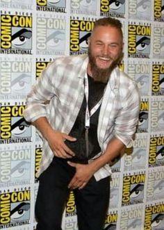 Vikings Travis Fimmel, Ragnar Lothbrok, Sexy Ass, Men Casual, Comics, Mens Tops, Ann, Gifs, Events