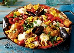 Spanish Paella with Chorizo and Seafood Recipe Grilled Paella Recipe, Traditional Spanish Paella Recipe, Mixed Paella Recipe, Spanish Dinner, Frozen Seafood, Fish Recipes, Soul Food, Meal Prep, Easy Meals