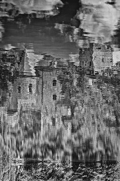 bwstock.photography - photo | free download black and white photos  //  #reflection #castle Black White Photos, Black And White, Free Black, Reflection, Castle, Abstract, Water, Artwork, Photography