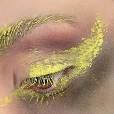 Elwen eye close-up @nyxcosmetics @nyxcosmetics_italy Perfect Pear color mascara @milanicosmetics 18 Bella Emerald @limecrimemakeup Venus II Marsh,Pigeon and Fly ___ #makeuptutorial #limecrime #lipsticklover #makeupinspiration #wakeupandmakeup #batalash #makeupinspo #makeupmafia #makeuplove #makeupjunkie #makeupslaves #makeupartistsworldwide #makeupguru #makeuptalk #inssta_makeup #slave2beauty #dressyourface #certifeye #maryhadalittleglam #shimycatsmua #merakibarre
