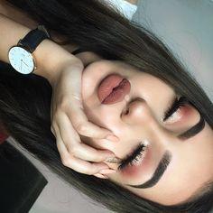 Shadows: @anastasiabeverlyhills Custard, Blazing, and Sateen Lips: @anastasiabeverlyhills @norvina Ashton Brows: @anastasiabeverlyhills Chocolate Dipbrow #wakeupandmakeup#anastasiabeverlyhills#anastasiabrows#abhashton#abhshadows#brows#browgame#billionbrows#linerandbrowsss#luxylash#7qspa#abhbrows#danielwellington