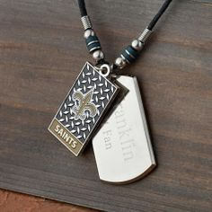 NFL Dogtag Necklace - great gift for the groom or groomsmen! #wherebridesgo #weddings