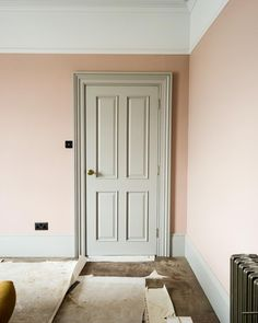 Beautiful Victorian painted grey woodwork with dusty pink walls and picture rail Pic: Dusty Pink Bedroom, Pink Bedroom Walls, Pink Bedroom Decor, Master Bedroom Interior, Pink Bedrooms, Pink Room, Pink Walls, Interior Door, Dado Rail Bedroom
