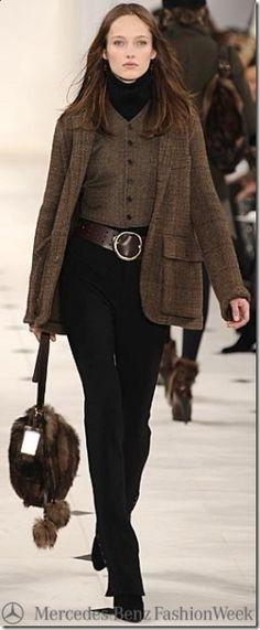 Casaco Marrom + calça preta + bota preta - Ralph Lauren