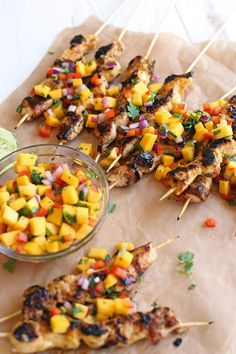 These Mango Sriracha Chicken Skewers are the perfect balance of sweet and spicy topped with a mango salsa that is sure to be a hit at your next cookout! Grilling Recipes, Cooking Recipes, Healthy Recipes, Healthy Dishes, Skinny Recipes, Ketogenic Recipes, Healthy Meals, Sriracha Chicken, Mango Chicken