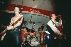 Sid Vicious - 1978, Tulsa, Oklahoma, USA - From left Sid Vicious, Paul Cook, Johnny Rotten, and Steve Jones of the Sex Pistols perform in concert, Photo by Lynn Goldsmith Corbis.