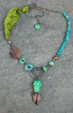 by Staci Louise Smith - link: http://stacilouise.blogspot.com/2011/09/bead-soup-blog-party-big-reveal.html