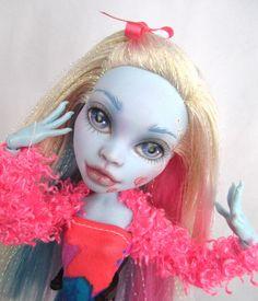ooak Abby Bominable Monster High - NUDE REPAINT