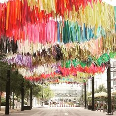 If you are downtown, you'll notice a new splash of color near The colorful new art installation by The Color Condition is… Streamer Wall, Streamers, 30th Birthday, Girl Birthday, Birthday Parties, Birthday Cake, Party Kulissen, Party Time, Houston