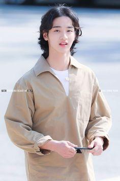 Cute Korean Boys, Kdrama Actors, Korean Actors, My Boys, Kpop, Long Hair Styles, Couples, My Style, Pretty