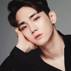 Kim Ki-bum (김기범) also known mononymously as Key (키) of SHINee (샤이니) He's just so effortlessly flawless, whenever I behold his heavenly beauty tears form in my eyes. Taemin, Minho, Key Shinee, K Pop, Lee Jin, Shinee Members, Shinee Debut, Choi Min Ho, Kim Kibum
