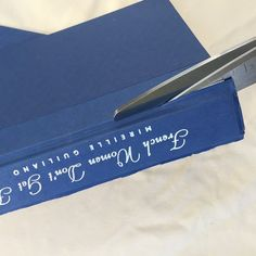 lorri-dyner-cut-book--1-.jpg (skyword:239647)