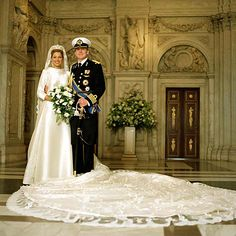 """Wedding photograph of Princess Maxima of the Netherlands. ~ Princess Máxima and Prince Willem-Alexander were married on February 2, 2002, in a civil ceremony in the Beurs van Berlage, Amsterdam, which was then followed by a religious ceremony at Amsterdam's Nieuwe Kerk (""""New Church"""").["""