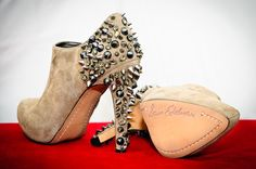 You know its a Sam Edelman shoe when you see.......ALL THOSE SPIKES!!!! Love this designer because his shoes go up to size 12!!!