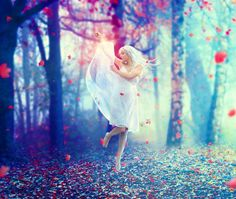 In this tutorial I'll show you how to create a scene of an emotional dancer in a forest. You'll learn how to combine and blend different stock photos in a cohesive scene, adjust color, use