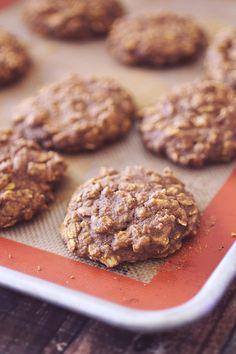 Flourless Pumpkin Oatmeal Cookies