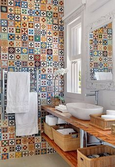 How About Making Your Bathroom Gorgeous With Patchwork Tiles? Banyo What To Make Your Bathroom Gorgeous With Patchwork Tiles … - Bathroom Tile Designs, Diy Bathroom Decor, Bathroom Colors, Colorful Bathroom, Patchwork Tiles, Powder Room Design, Décor Boho, Dark Interiors, Modern Bathrooms