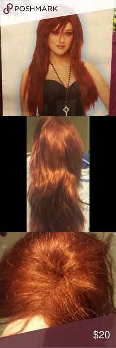 Red wig Halloween long Red wig , chucky , little mermaid, Ariel, Jessica rabbit, poison ivy, used 1 time spirit halloween store Other