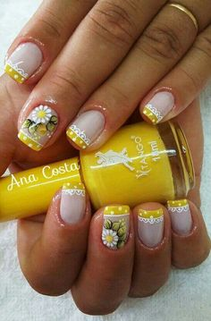 ☺ latest nail art designs gallerynail designs for short nails 2019 essie nail stickers nail art stickers how to apply nail stickers walmart Fabulous Nails, Perfect Nails, Short Nail Designs, Nail Art Designs, Cute Nails, Pretty Nails, Nail Art Sticker, Nail Stickers, Daisy Nails