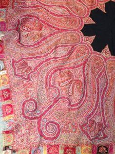 Châle cachemire brodé, Inde, vers 1860. Laine cachemire brodée soie. Bordure 73fe0854464