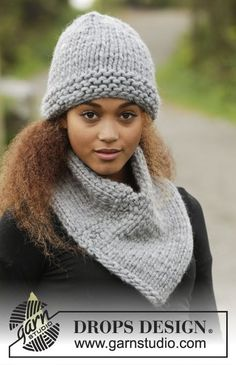 Knitted DROPS hat and neck warmer in garter st and stockinette st in Polaris. Free pattern by DROPS Design.