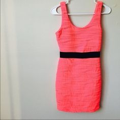 ❗️REDUCED❗️Neon pink dress! Neon pink dress from forever 21! Worn once! In good condition!! Forever 21 Dresses