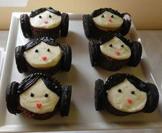 star wars birthday party princess leia cupcakes--there are some great ideas for adult and kid parties!!