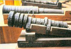 Wrought iron cannon, ca 1400. Militärhistorisches Museum Wien