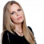 Kristin Bauer Van Straten Talks 'Earth Focus', 'True Blood' and 'Once Upon A Time'