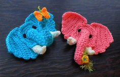 Aran Elephant Applique pattern by Tamara Adams Cute Crochet, Crochet Motif, Crochet Crafts, Crochet Flowers, Crochet Toys, Crochet Projects, Crochet Baby, Knit Crochet, Crochet Patterns