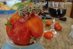 Monsieur Tomate va finir en salade !