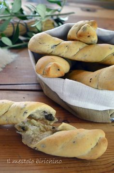 Antipasto, Biscotti, Bagel, Finger Foods, Sandwiches, Food And Drink, Snacks, Olive, Cooking