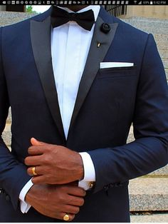 Love the blue tux