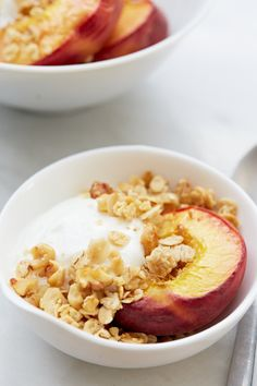 Rosemary Peaches with Vanilla Bean Yogurt and Granola recipe by Giada de Laurentiis