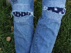 Torn Jeans to Patched Jeans Diy Ripped Jeans, Torn Jeans, Patched Jeans, Diy Jeans, Sewing Clothes, Diy Clothes, Sewing Jeans, Fall Clothes, How To Patch Jeans