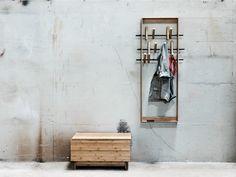 Wandgarderoben aus Bambus COAT FRAME by We Do Wood Design Sebastian Jørgensen