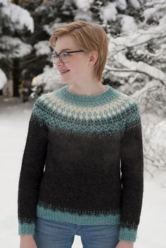 Særós is a nearly-seamless yoke sweater, knit in the round from the bottom up. The sweater body is worked in the round in one piece. The sleeves are also worked in the round with increases. A few stitches are put on yarn holder for the underarm and later grafted together using kitchener stitch. Body and sleeves are then joined together and the pattern is worked evenly around in the yoke.