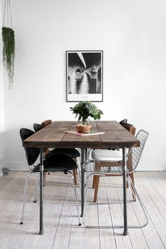 Wood table || Plankebord - Katarina Natalie