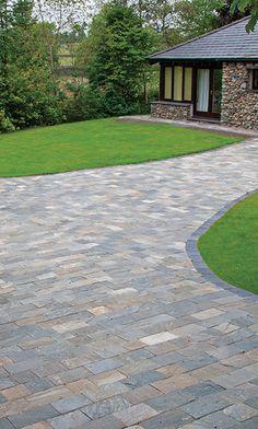 Rustic Quartz Quartzite Block Paving   Landscaping   Patio   Driveway   Garden Path   Natural stone