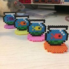 Small goldfish in standing bowl - Perler beads Perler Bead Designs, Hama Beads Design, Perler Bead Templates, Diy Perler Beads, Perler Bead Art, Pearler Beads, Fuse Beads, Melty Bead Patterns, Pearler Bead Patterns