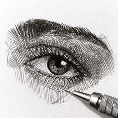 "4,373 Me gusta, 15 comentarios - Efraín Malo (@maloart) en Instagram: ""✍️ #mechanicalpencil #graphgear500 #pentel #graphite #sketching #crosshatching"""