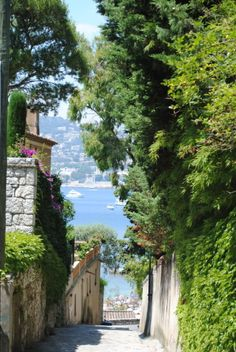Nice - Cidade Francesa, situada no Departamento Francês dos Alpes Marítimos e da Provenca Alpes Costa Azul
