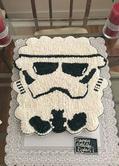 Storm Trooper Cupcake Cake  https://www.facebook.com/Sandrascupcakescouture/posts/536798289848604:0