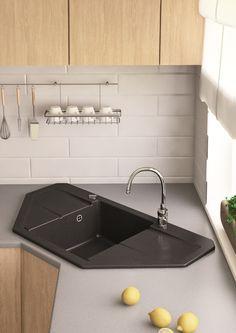 Sarok mosogatót keresel? A Marmorin mindenkire gondol, gyere és nézd meg a Bario mosogatót a weboldalunkon, hogy nem csak kinézetre, de méretre is passzoljon hozzád! www.marmorin.hu #design #interior #home #decor #architecture #style #light #kitchen #colorful #homedesign #amazing #beautiful #today #photooftheday #instagood #marmorin #igers #minimal #perspective #pattern #life #otthon #lakberendezes #kenyelem #konyha #interieur